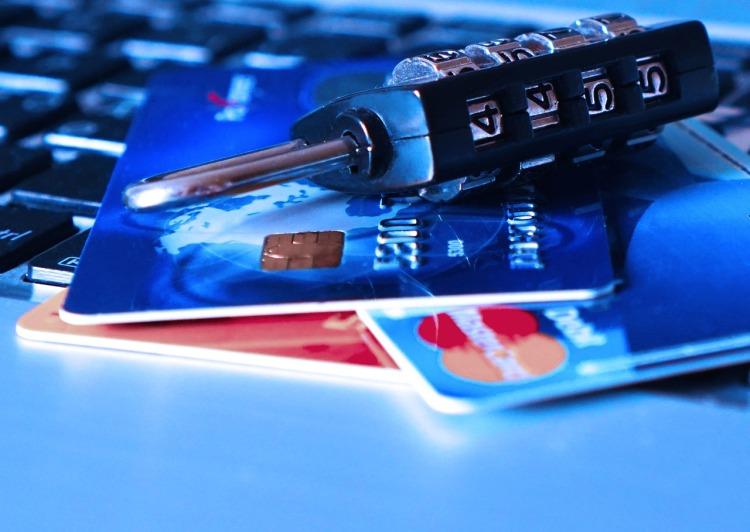 credit-card-1591492_1280